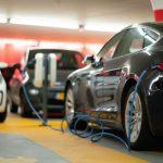 ¿Cómo funciona una estación de carga para coches eléctricos?